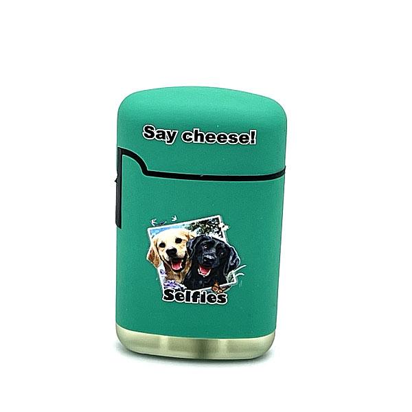 Easy Torch Say Cheese! Labrador Motiv Feuerzeug grün