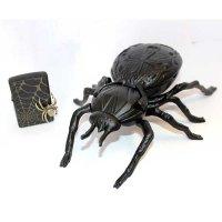 Zippo Set Spider Black mit Spinnen-Aschenbecher